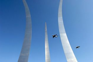 United States Air Force Memorial (162 Bilder)